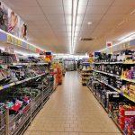 Jak wybrać dobry sprzęt handlowy do sklepów?